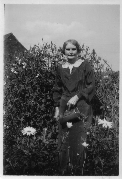 Sarah Elizabeth Smith (née Sarah Elizabeth Maplethorpe 1876-1962)