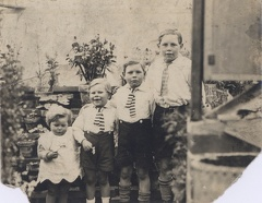 2007-02-15-22-49-15-00 -- Noelene Eleanor Williamson, Donald Raynor Williamson, Trevor Martin Williamson and Harry Ivan (Tim) Williamson