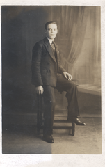 2017-01-13-11-31-54-00 -- Robert Bellamy 1917-Deceased