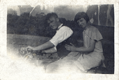 2017-01-16-15-44-29-00 -- Albert Bellamy 1911-Deceased and Ivy Bellamy (née Ivy Beatson)